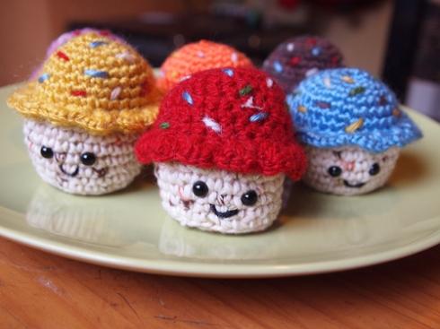 cupcakes amigurumi urbanpocketknife