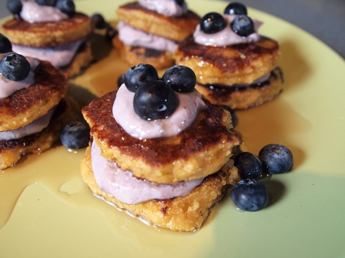 blueberry ricotta almond flour pancakes urbanpocketknife