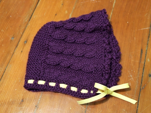 julia's knit baby bonnet the urbanpocketknife